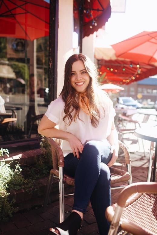 graphic designer blogger entrepreneur girl boss